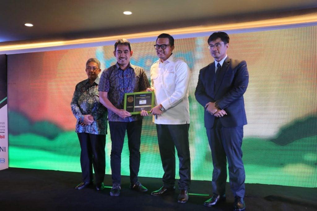 PLN menerima CSR Brand Equity Award 2020