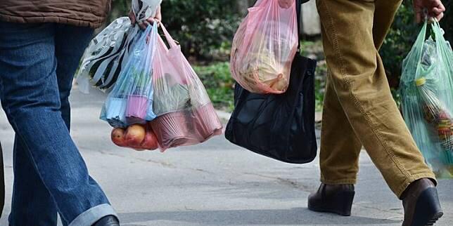 Smartpower Media Ingat! 10 Hari Lagi Warga DKI Dilarang Belanja Pakai Kantong Plastik