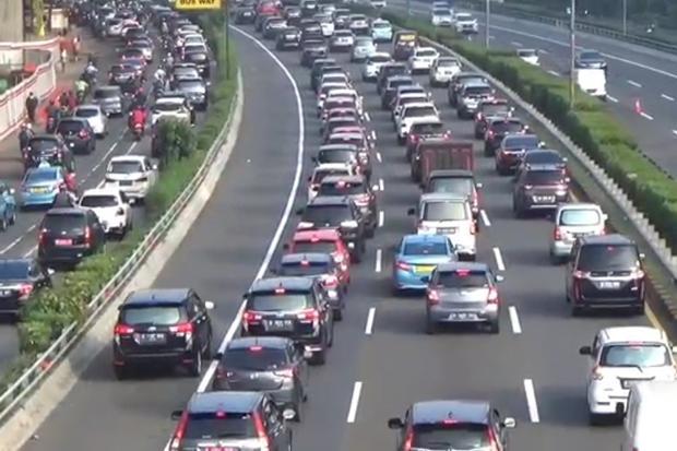 Smartpower Media Jalanan Jakarta Kembali Padat, Pengaktifan Ganjil Genap Tunggu Keputusan Gubernur DKI Jakarta